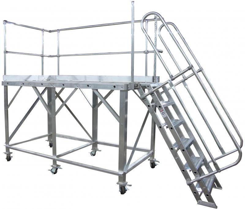 Truck Trailer Work Platform Metallic Ladder