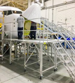 737 Nose Radome Access Stand